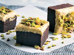 Antep fıstığı kremalı brownie
