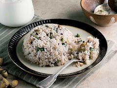 Antep fıstıklı pirinç pilavı