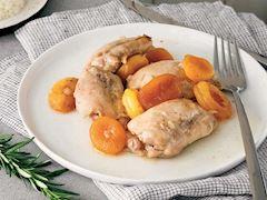 Baharatlı ve tavuk etli kayısılı yahni