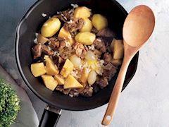 Etli ve patatesli ayva