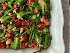 Ispanak başı salatası