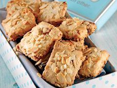 Kayısılı ve bademli kurabiye