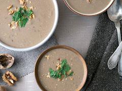 Kremalı ceviz çorbası