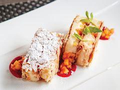 Mangolu ve lavantalı milföy pasta