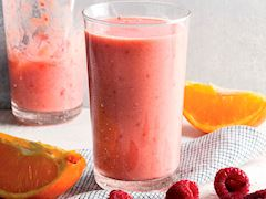 https://lezzet.blob.core.windows.net/images-small-recipe/meyveli-smoothie-62e93d2d-3648-424f-8366-40963544a8cf.jpg