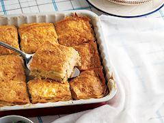 Peynirli ve kaymaklı börek