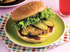 Sebze köfteli cheeseburger