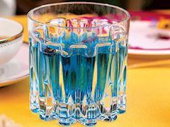 Soğuk mavi çay