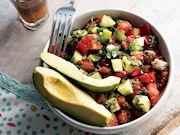 Chia tohumlu salata