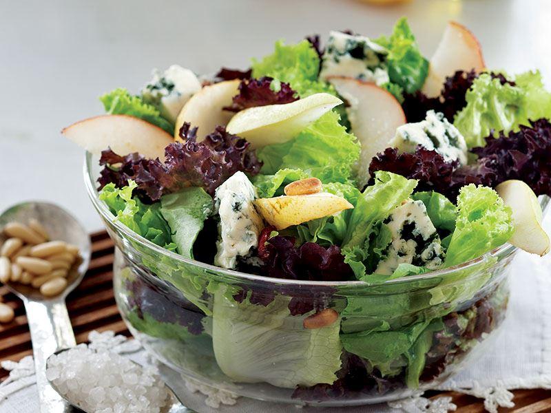 Armutlu Ve Rokfor Peynirli Salata