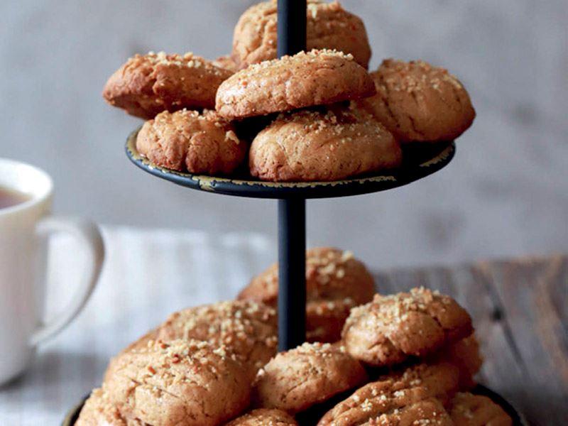Bademli ve Türk kahveli kurabiye