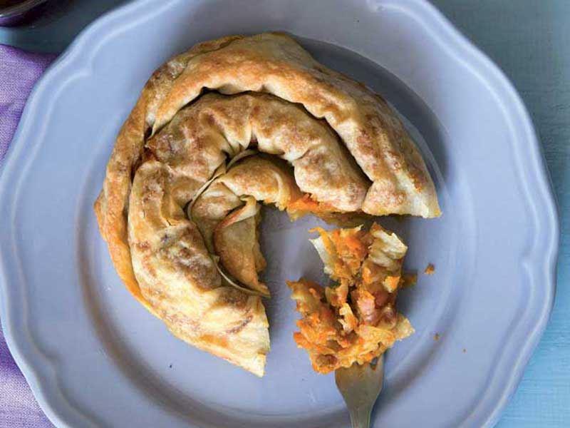 Bal kabaklı çerkez böreği