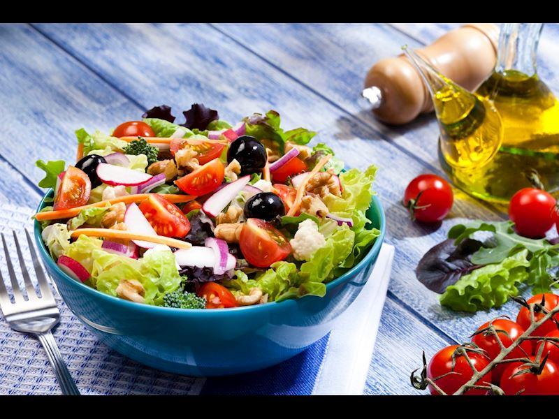 Balıkçı Salatası