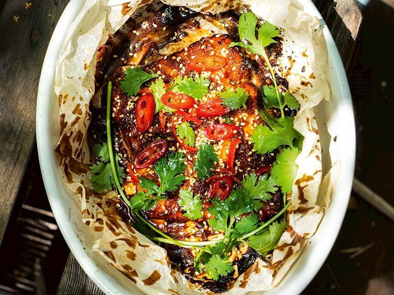 Ballı soya soslu somon