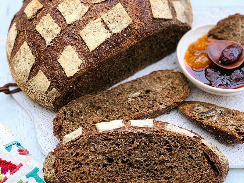 Çavdarlı siyah Rus ekmeği