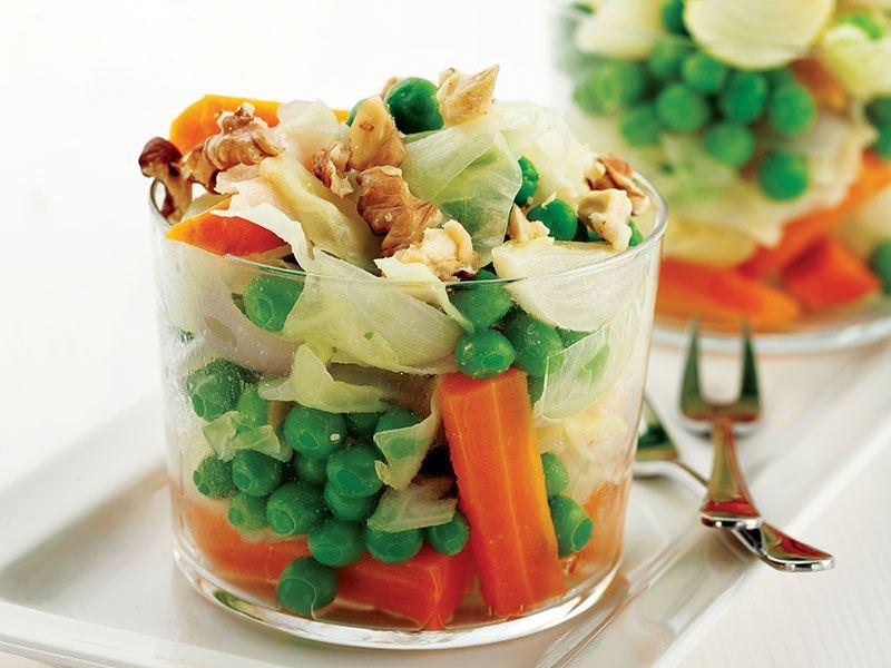 Cevizli Sebze Salatası