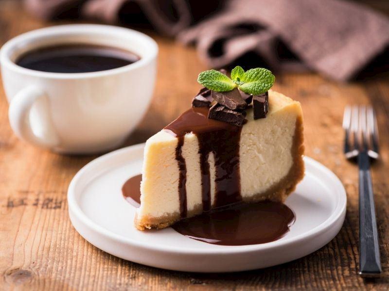 Çikolata Soslu Cheesecake