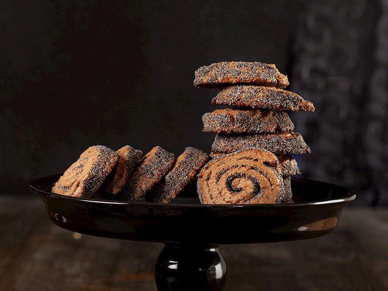 Çikolatalı Ve Haşhaşlı Spiral Kurabiye