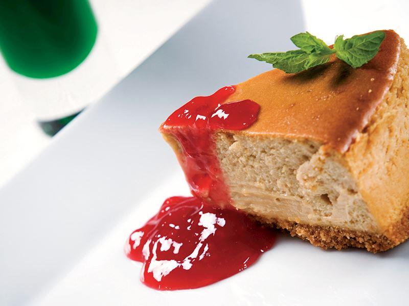 Çilek Reçelli Cheesecake