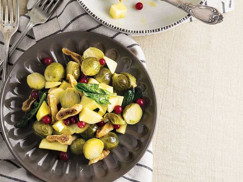 Elmalı Brüksel Lahana Salatası