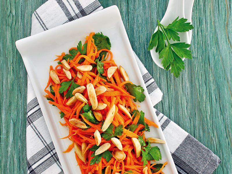 Fas Usulü Ballı Havuç Salatası