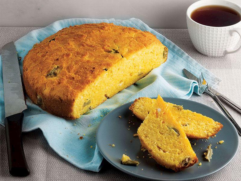 Fasulye turşulu mısır unu keki