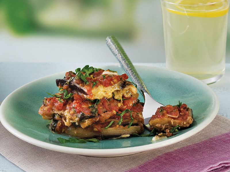 Fırında kaşar peynirli patlıcan