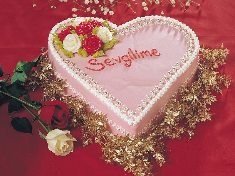 Frambuazlı Aşk Pastası