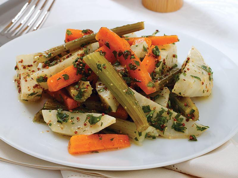 Hardallı Kereviz Salatası