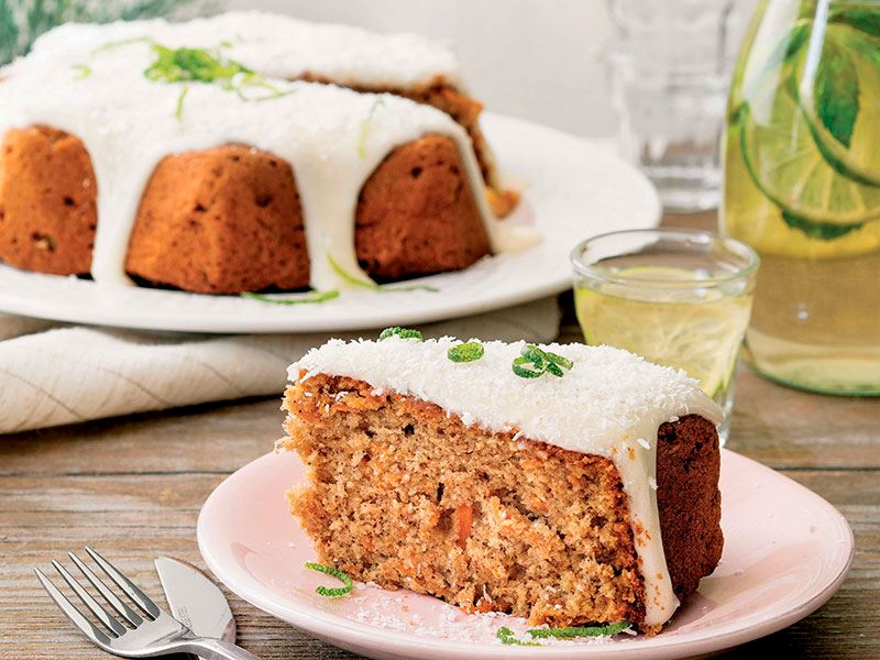 Havuçlu ve hindistan cevizli kek