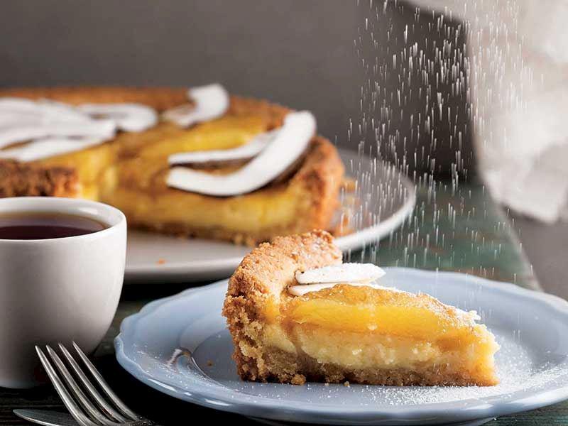Hindistan cevizi kremalı ve ananaslı tart