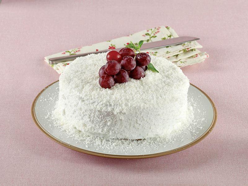 Üzümlü Hindistan Cevizli Yaş Pasta