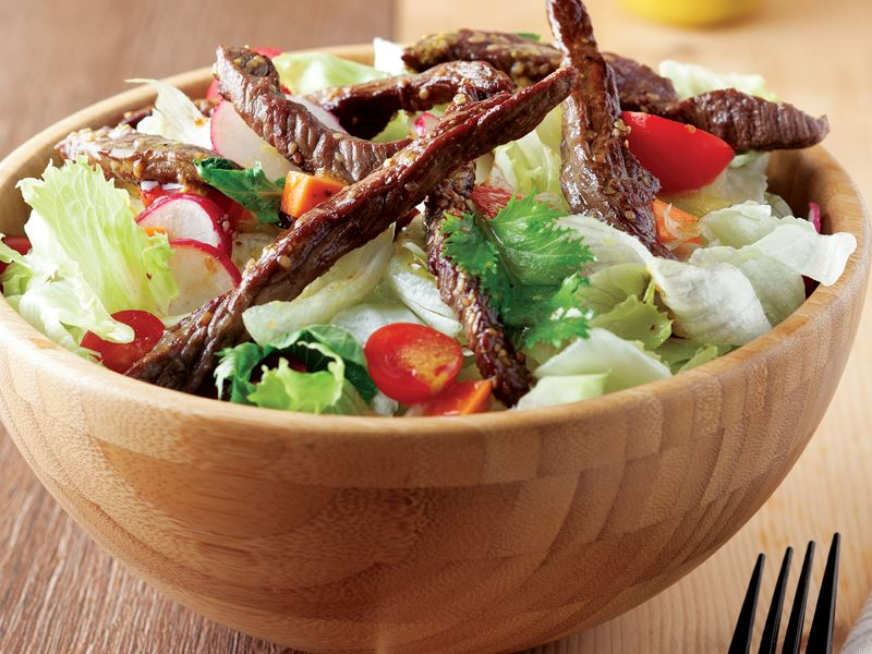 Izgara bonfileli salata