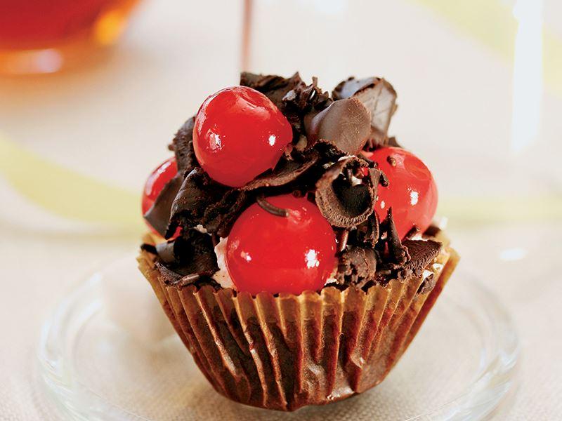 Kakaolu Ve Şekerlemeli Kek