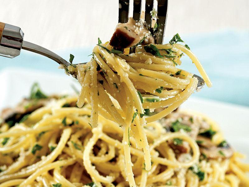 Karışık Mantarlı Spagetti