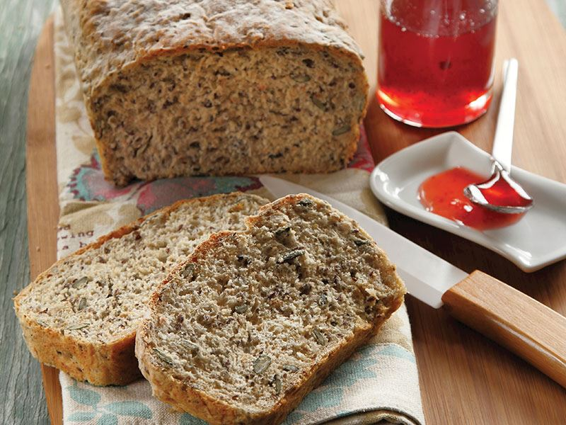 Keten tohumlu ve çekirdekli ekmek