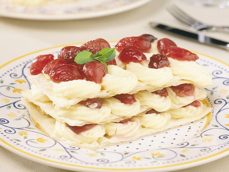 Kirazlı Milföy Pasta