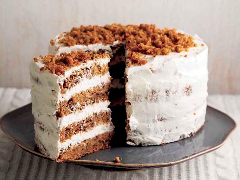 Kremalı ve havuçlu pasta