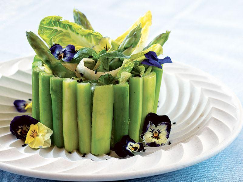 Kuşkonmaz & hindiba & Yedikule salatası