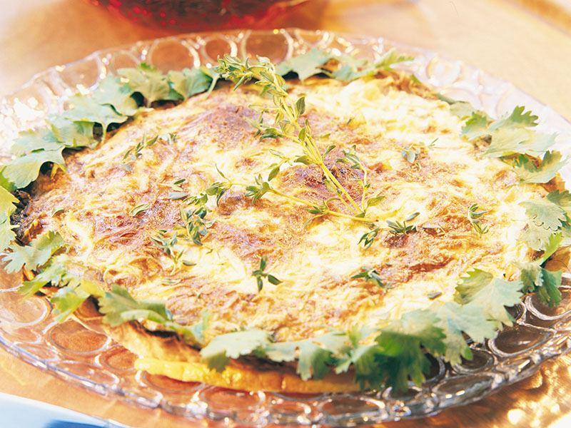 Lor peynirli ve mantarlı yufka pay