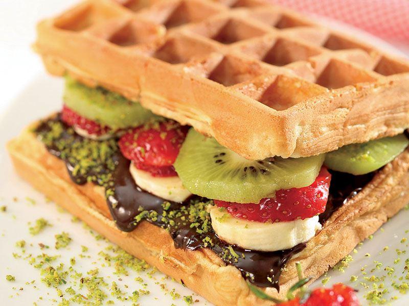 Meyveli Waffle