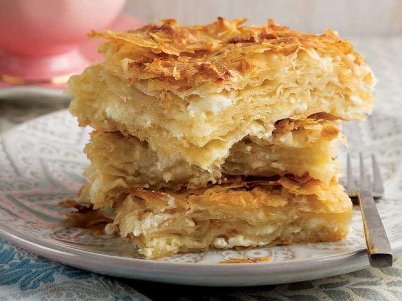 Mısır unlu keçi peynirli börek