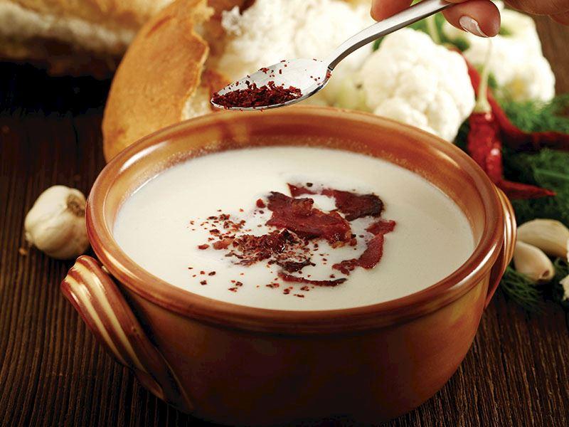 Pastırmalı Ve Kremalı Karnabahar Çorbası
