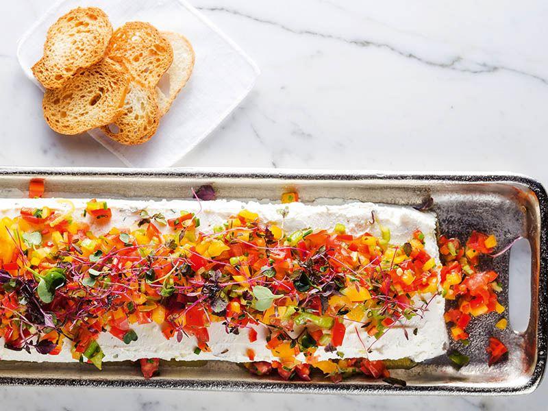 Salatalı baton peynir
