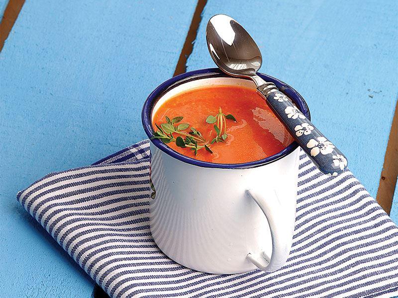 Sebzeli domates çorbası