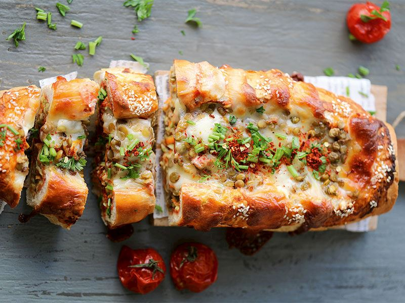Sebzeli kıymalı ekmek