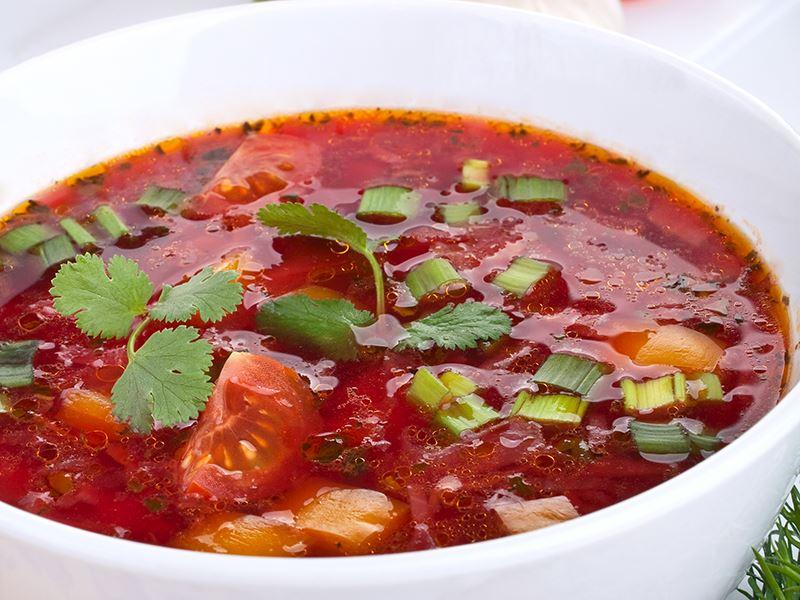 Sebzeli Kırmızı Pancar Çorbası