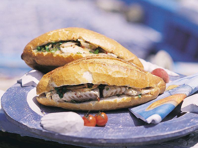 Soğanlı Balık Ekmek