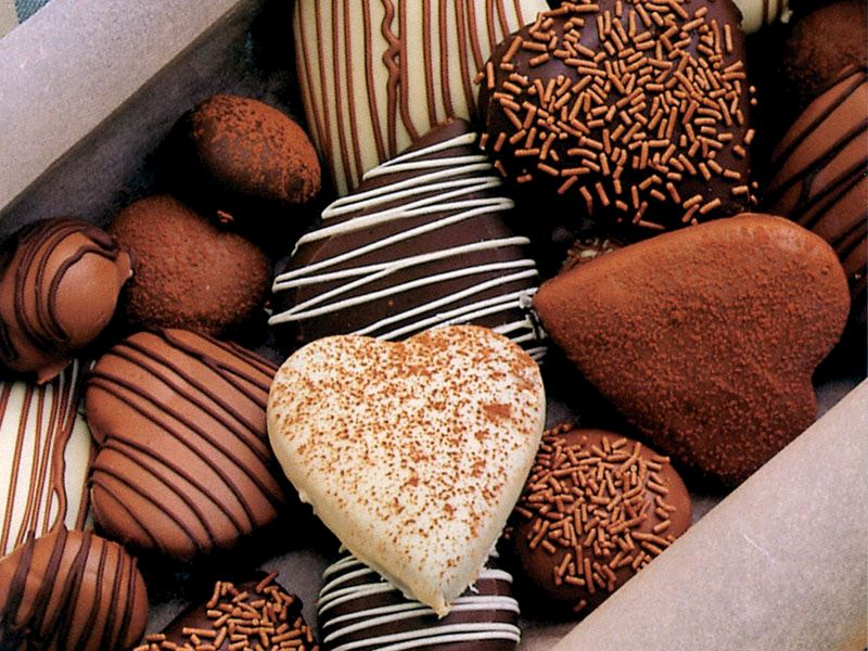 Süslenmiş çikolatalı kurabiyeler