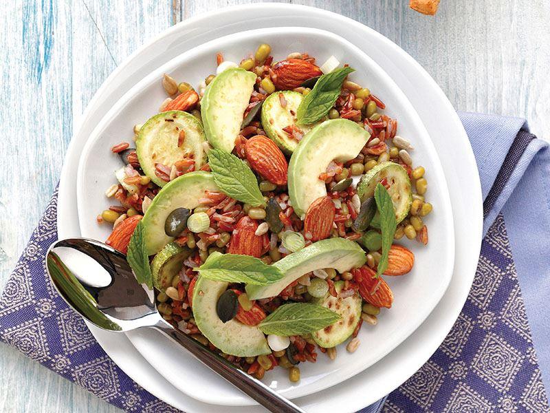 Tahıllı Yeşil Salata